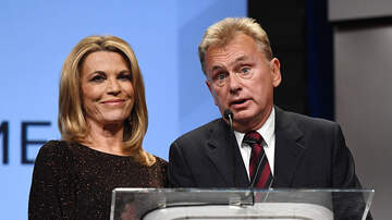 Steve & Gina's Page - Vanna White Is Hosting Wheel of Fortune for 1st Time in 37 Years