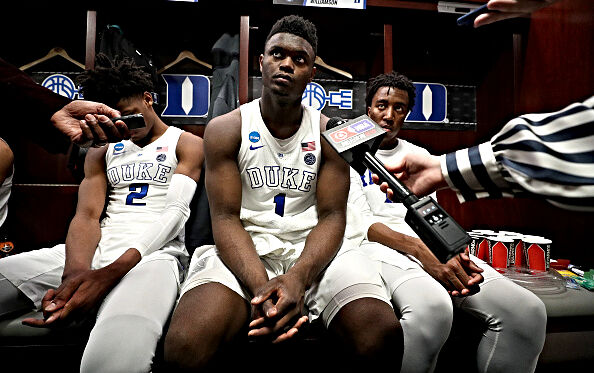 The Pros and Cons of Zion Williamson Signing in New Orleans