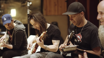 Trending - Tom Morello, Brad Paisley + More Give 'Game of Thrones' Theme Rock Makeover