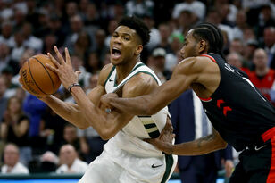 Highlights: Bucks 108, Raptors 100 - Game 1