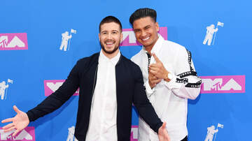 Kramer and Geena Mornings - Jersey Shore's Vinny BARES ALL For Chippendales!