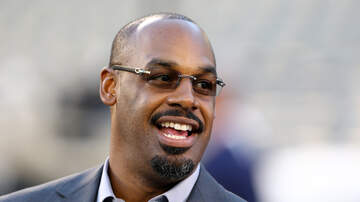 Petros And Money - Donovan McNabb On NFL Quarterbacks And NBA Trade Talks