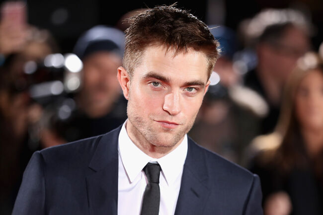 """Twilight"" Actor Robert Pattinson Has Been Casted To Play The Batman"