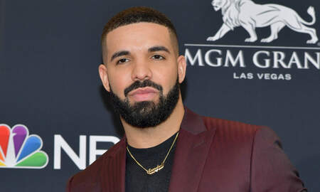Trending - Drake Posts Shirtless Thirst Trap, Is Accused Of Getting 'Ab Surgery'