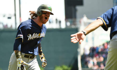 Brewers - Gamel's 10th-inning home run puts Brewers past Braves 3-2