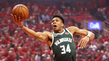 Bucks - Bucks fall in double overtime to Raptors 118-112 in Game 3