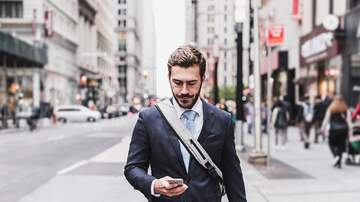 Andi and Kenny  - New York Proposes Bill that Would Fine People Who Text and Walk