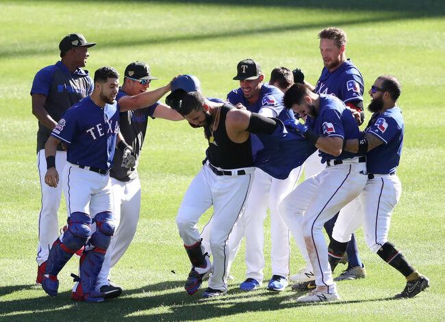 Rangers Beat Cardinals In 10 Innings