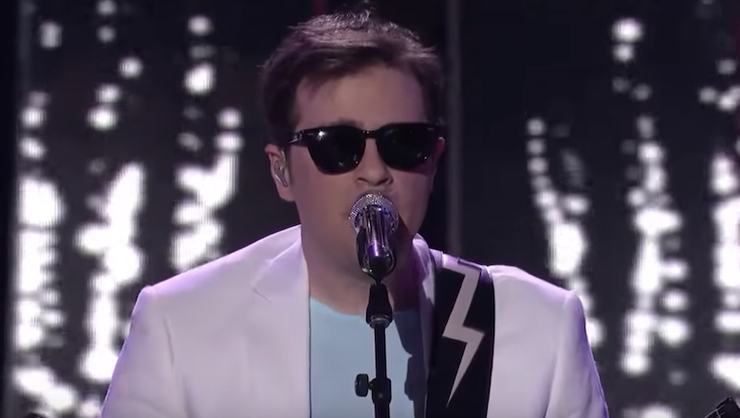 Weezer Perform During 'American Idol' Finale: Watch | iHeartRadio