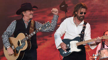 Tige and Daniel - Brooks & Dunn will perform a free concert in downtown Nashville!