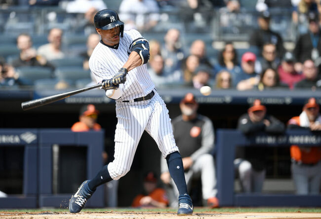 Yankees' Stanton Out 7-10 Days With Calf Strain