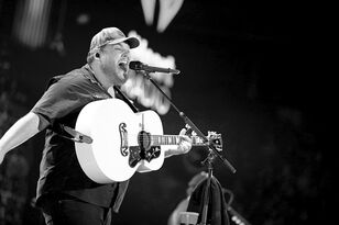 Luke Combs Breaks 31-Year-Old Record