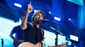 Music News - Chris Janson Says Goodbye To The Car He Slept In When Moving To Nashville