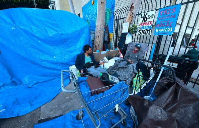 Discussion Continues on Skid Row Homeless Property Lawsuit