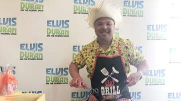 Elvis Duran - Greg T Grills Hot Dogs And Hamburgers For Everyone Except Gandhi