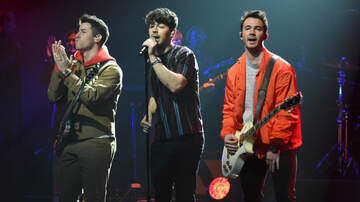 Entertainment News - Jonas Brothers Reveal New Album 'Happiness Begins' Track List