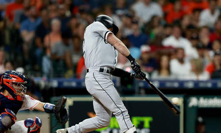 Sports Desk - White Sox Hit Grand Slam In Victory Over Astros