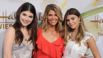 Entertainment News - Lori Loughlin's Daughter Splits From Boyfriend Over College Admissions Scam