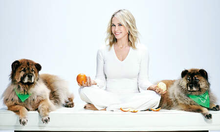 Music News - Chelsea Handler Is Sorry — Comedian Talks About Her Growth Through Therapy