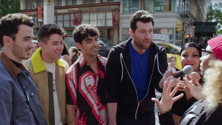 Billy Eichner Takes The Jonas Brothers On A Scream-Filled Run Through NYC | iHeartRadio