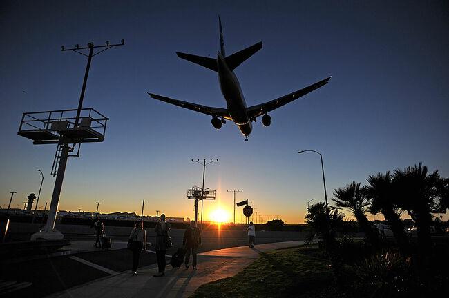 City Sues FAA Over LAX Flight Plans