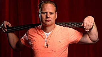 FOX Sports Radio - Daredevil Nik Wallenda Plans High Wire Walk Over Times Square
