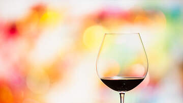 Courtney Lane - How Many Calories are in your Wine?