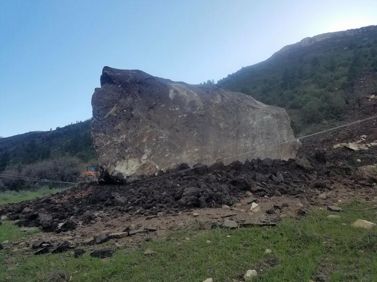 Massive boulder blocks Colorado highway