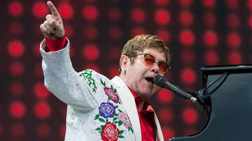 iHeartRadio Music News - Elton John Defends Ellen Degeneres' Friendship With George W. Bush