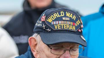 The Gunner Page - 96-Year Old WWII Veteran Plays National Anthem On Harmonica At USWNT Soccer