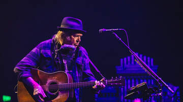 Photos - Neil Young at Paramount Theatre