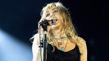 Headlines - Miley Cyrus Drops New EP 'She Is Coming': Hear All Six Tracks