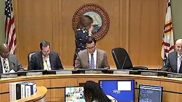 Politics - Tampa City Council Aide Resigns After Video of Her 'Cough' Goes Viral