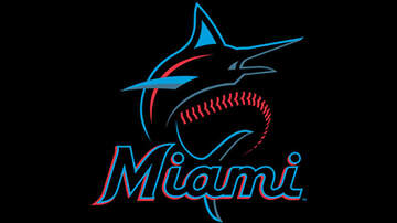 image for LISTEN: Marlins Teaching Kid Campers Baseball