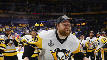 Adam Crowley - Which 8 teams are on Phil Kessel's trade list?