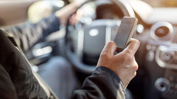 Battle - New Nashville Law Is Banning Handheld Cellphone Use While Driving