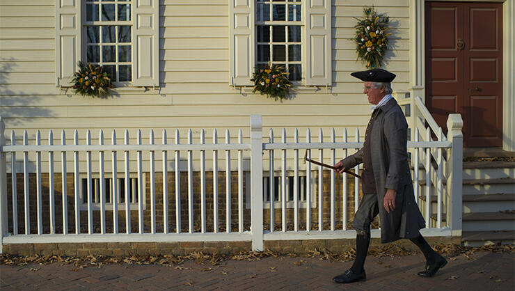 Colonial Williamsburg Forced Boy With Gluten Allergy To Eat Outside: Suit | iHeartRadio