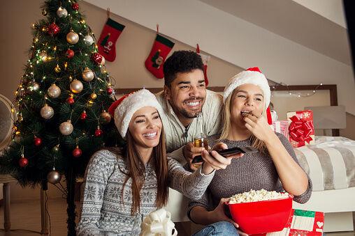 Hallmark Movies Christmas In July.Hallmark Is Premiering Christmas Movies In July Ej