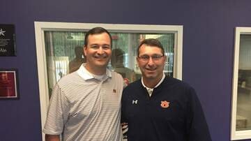 Van Riggs - Auburn Baseball Coach Butch Thomson Previews the UNC Super Regional