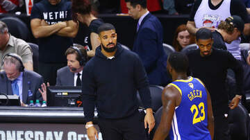 Angelina - Warriors Fans Troll Drake With Billboard Near His Home In Toronto!