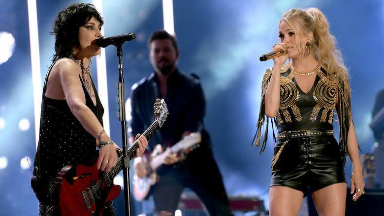 Carrie Underwood Surprises CMA Fest Crowd With Joan Jett: Watch