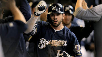 Brewers - Mike Moustakas lifts Brewers to 5-2 win over Pirates