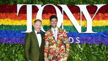 image for Jesse Tyler Ferguson And Husband Justin Mikita Are Expecting First Child