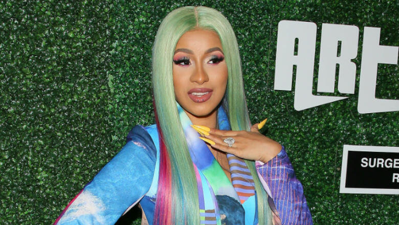 Cardi B Gives A Fan Free Cardi Tickets Forever For: Cardi B Strips Down To Give Fans A 1st Look At Her