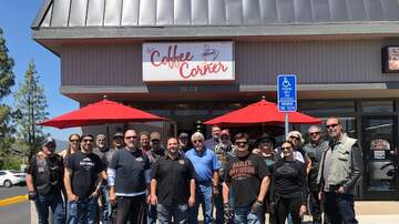 Clint August - We Rode To The BoozeFighters Chapter 15 Fundraiser. Great day To Ride!!!