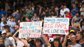 Greek - David Ortiz Back In Boston After Being Shot