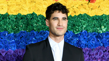 Entertainment News - Darren Criss Describes Nacho Fries Shower In Taco Bell Commercial