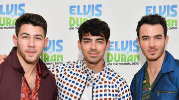 Fay - Jonas Brothers Play With Classroom Instruments 'Sucker'
