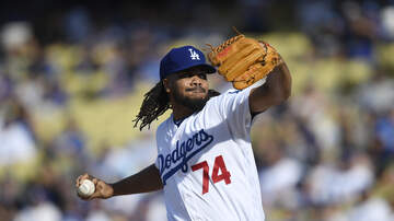 Dodgers Clubhouse - Kenley Jansen Talks About Changes To Pitching Mechanics
