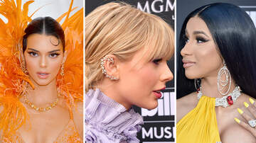 Pop Pics - 15 Celebrities Wearing Statement Earrings